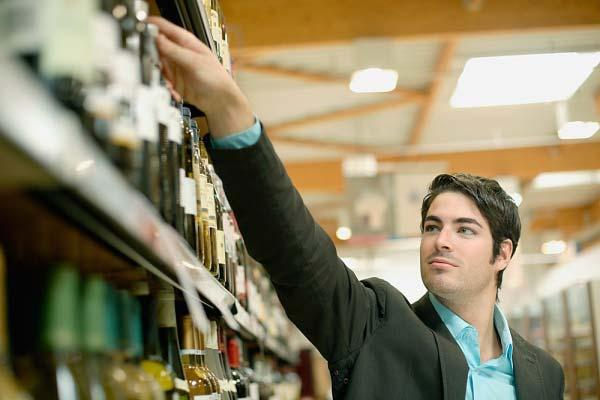 vendite del vino nella Grande Distribuzione