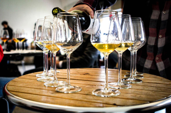 Gusto Nudo degustazione vini bianchi