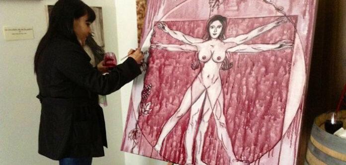 Arianna Greco e i quadri dipinti con il vino