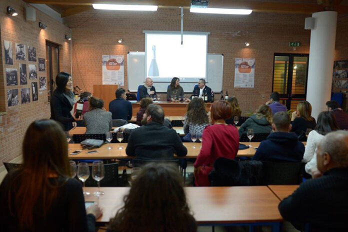 Corso Universitario in Wine Business